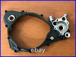 1988-1989 Honda CR250R Right Crankcase Cover Water Pump Cover 11340-KS7-831 OEM